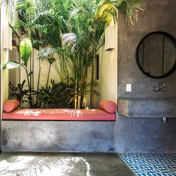 The lush outdoor bathroom at the Malibu Popoyu when traveling to Nicaragua with The Travel Yogi.